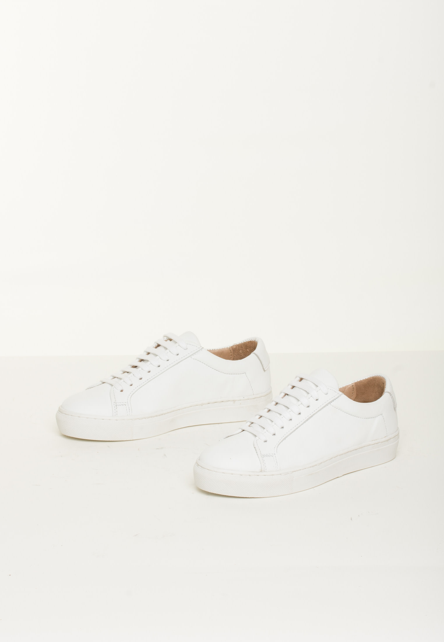 BLUEONBLUE Retro Sneakers White