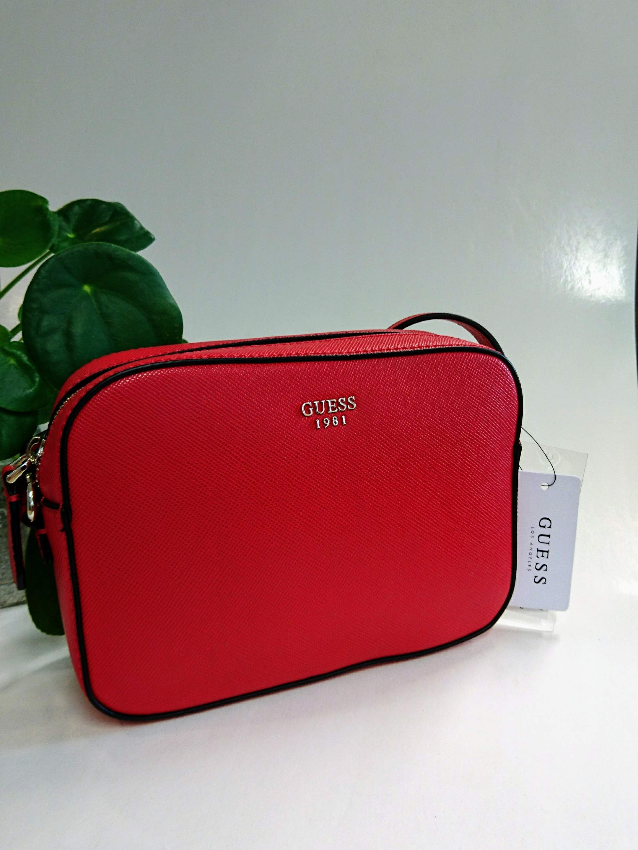 GUESS Crossbody-laukku Red