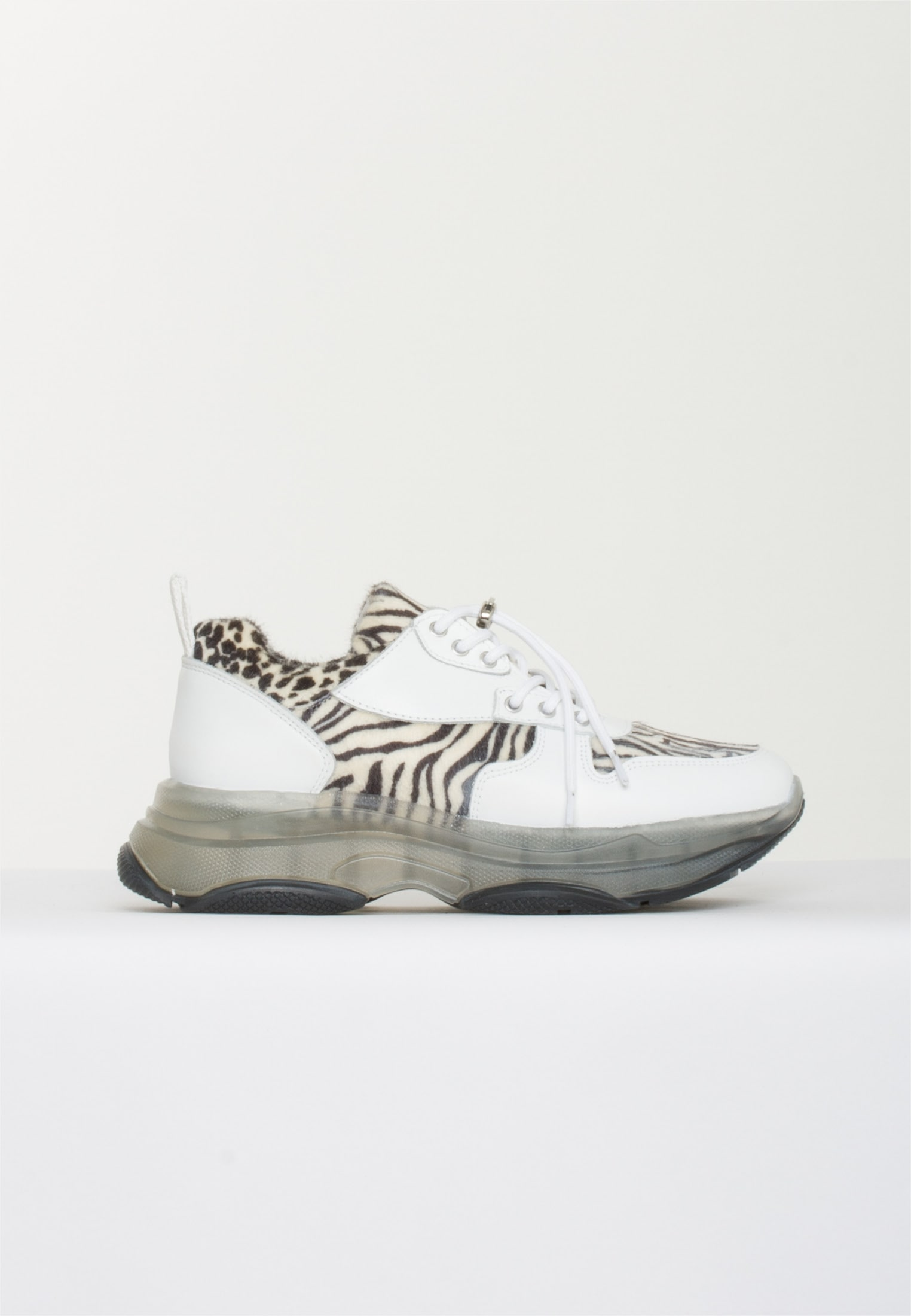 BLUEONBLUE Free Sneakers, Spotted Zebra