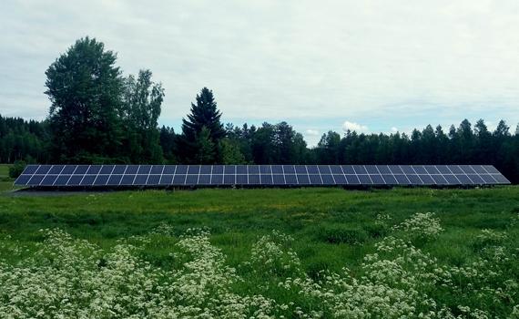 aurinkopaneelit-maa-asennusjpg