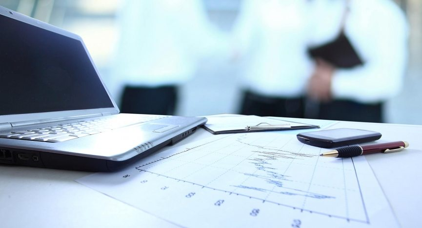 taloushallinnon_valmennukset-aspect-ratio-865x468-865x468jpg